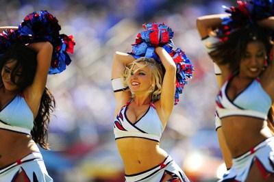 titans-cheerleaders.jpg