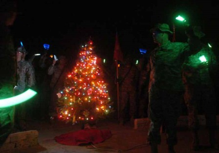 tree-lighting-held-at-base-hammer.jpg