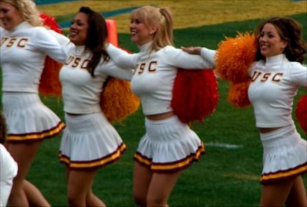 usc-cheerleaders-12.jpg