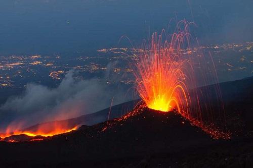 volcanooo.jpg