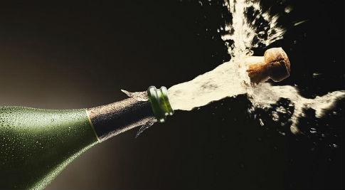 xl_3570_champagne-bottles-tp.jpg
